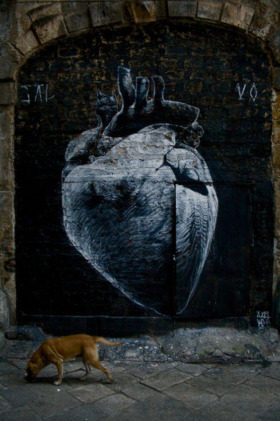 Graffitis-de-Corazones-en-Blamco-y-Negro