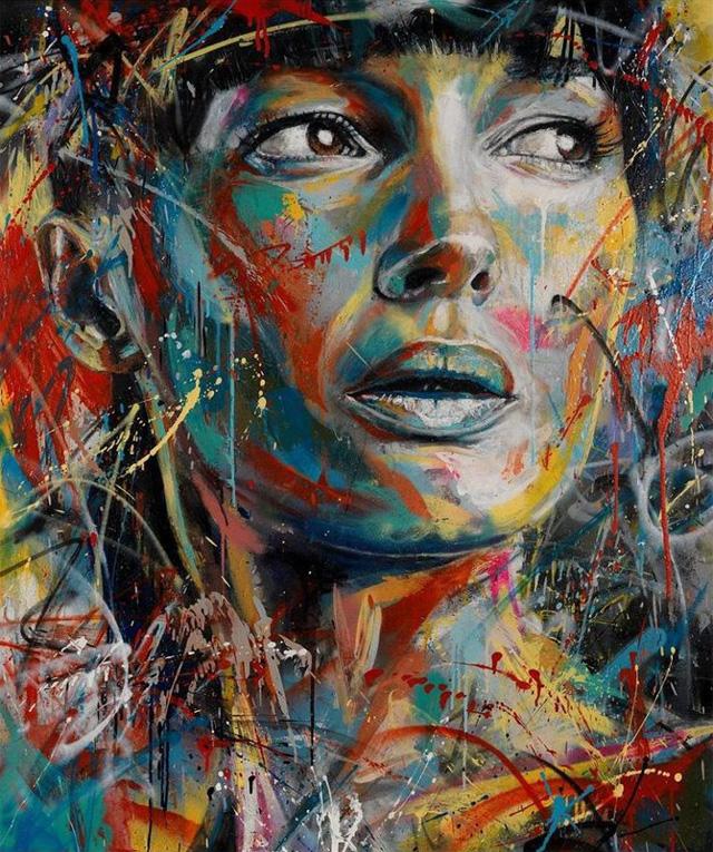 Graffitis de Mujeres- muchos colores