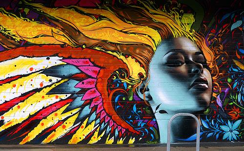 Graffitis de Mujeres- pelo de diferentes colores