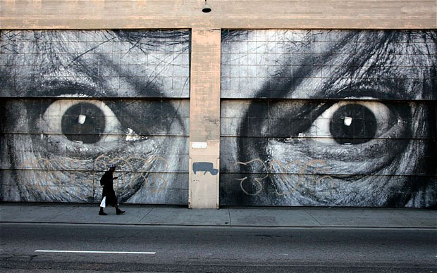 Graffitis de Ojos- mirada intimidante