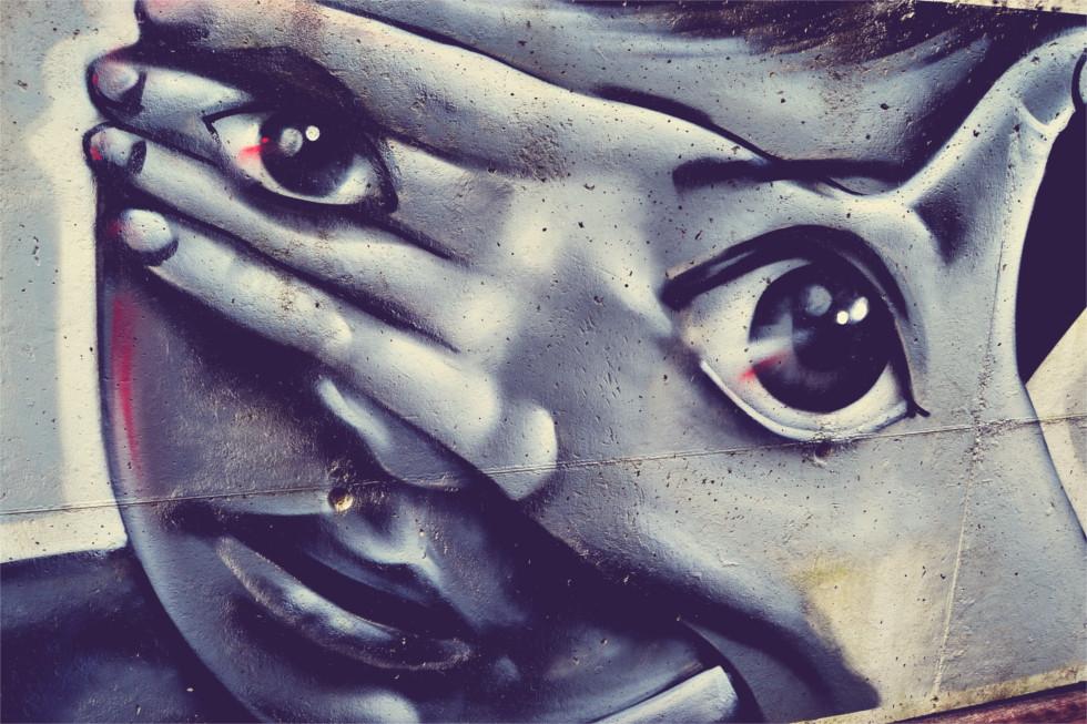 Graffitis de Ojos- ojos en manos