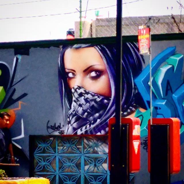 graffitis de mujeres - ninja